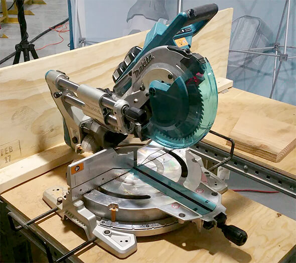 Makita-Miter-Saw